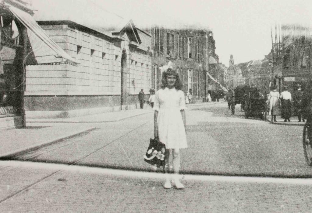 Adèle Verhees 1915