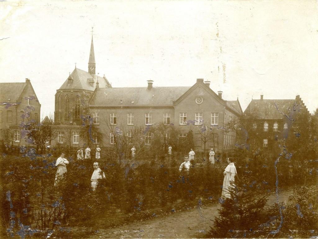 br. Joseph Nouwens vertrekt uit Heeswijk - circa 1910
